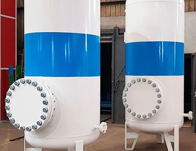 Suministro de oxigenos de tanques presurizados